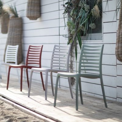 Chaises SUNDAY Grosfillex